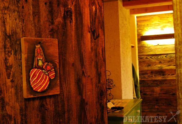 ostrozovic_vchod_izba