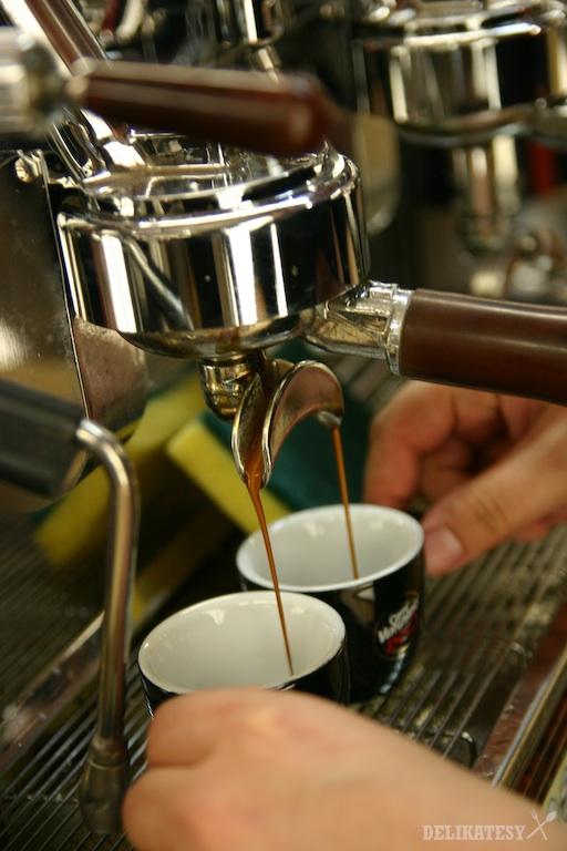 Tu pramení káva...
