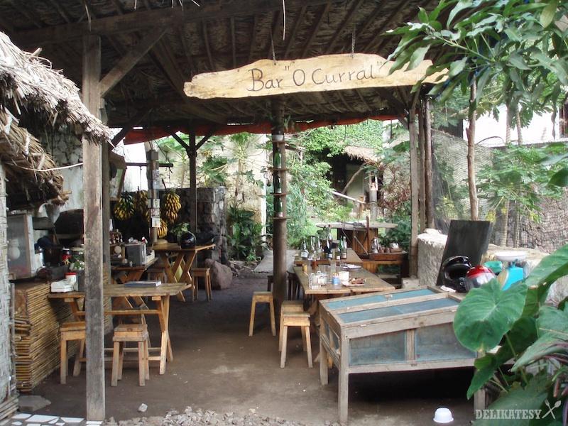 Miestny džungel-bar