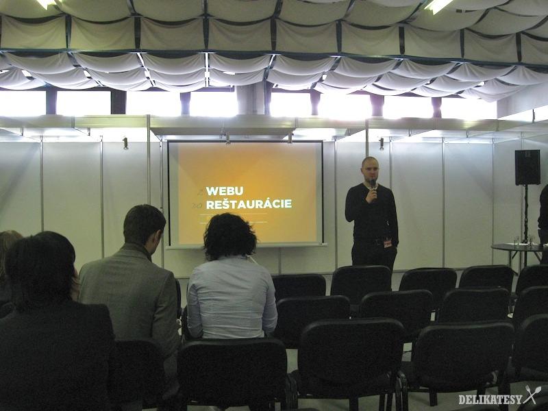 Ján Šifra prednáša