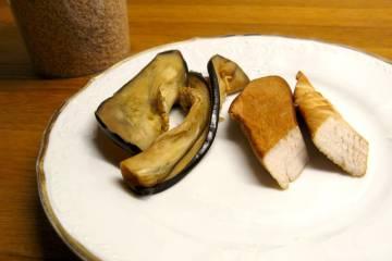Údená kuracina a baklažán