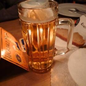 Pivo v pivárni Raschhofer`s Rossbräu