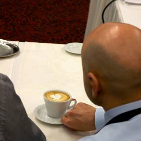 Cappuccino s latte art pre porotcu