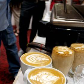 "Výsledok ""džemovania"" s latte art"
