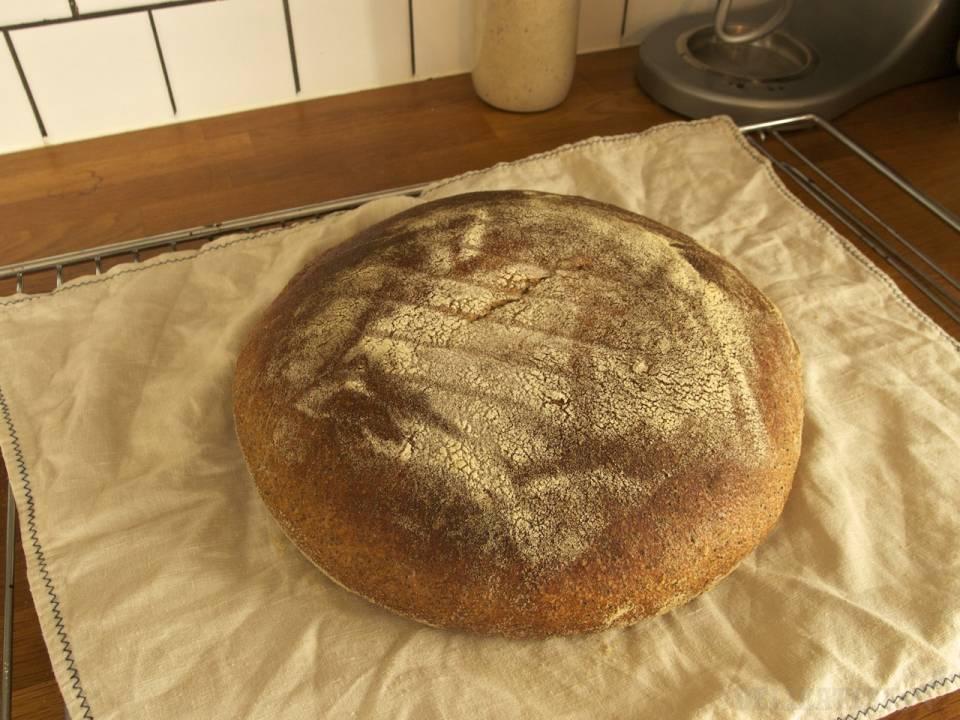 Makový kysnutý chlieb, vlastne koláč
