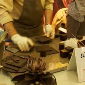 Tvarovanie čokolády
