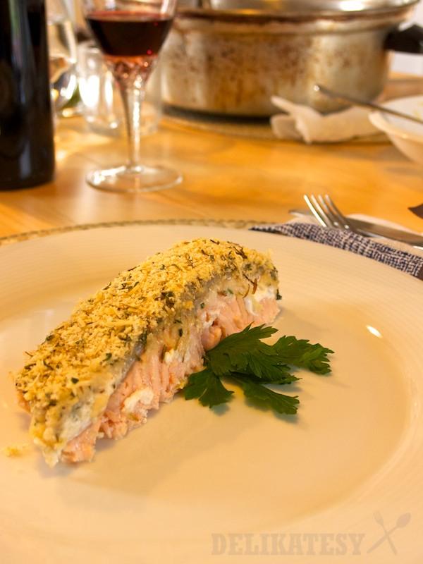 Hotový obed, losos po syrovou krustou
