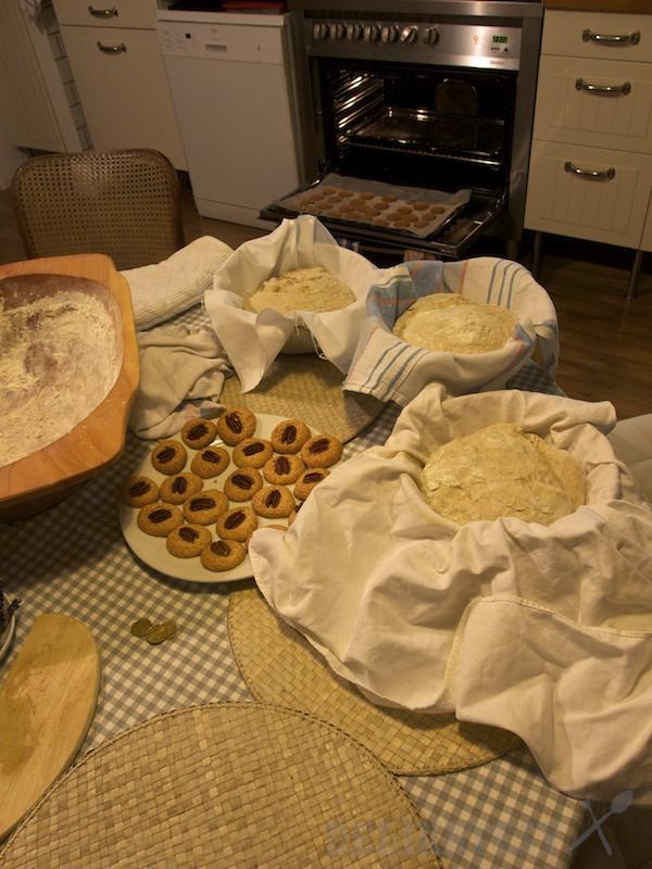 Tri chleby a ďalšie rozpečené pečivo
