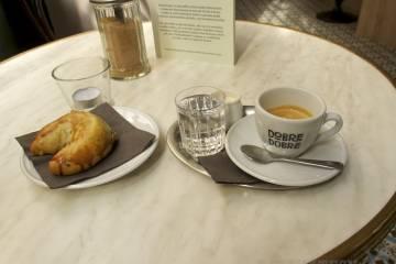 Espresso a bratislavský rohlík