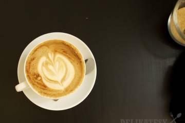 Káva so zázvorom, škoricou a kardamónom