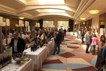 Hlavná sála s vinárstvami