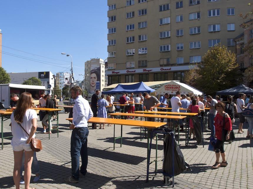 Street Food Park pred Starou tržnicou