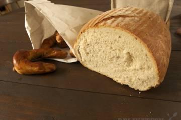 Kváskový chlieb z pekárne v Ratnovciach
