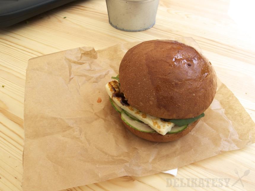 Burger s haloumi od Salt'n'Peppa