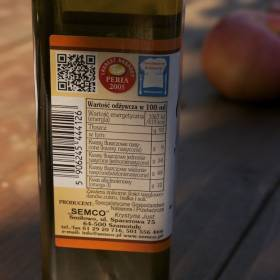 Za studena lisovaný olej z ľaničníka siateho