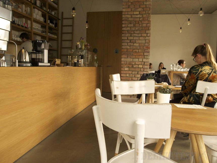 Jednoduchý a účelný interiér