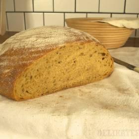 Hotový peceň batatového chleba