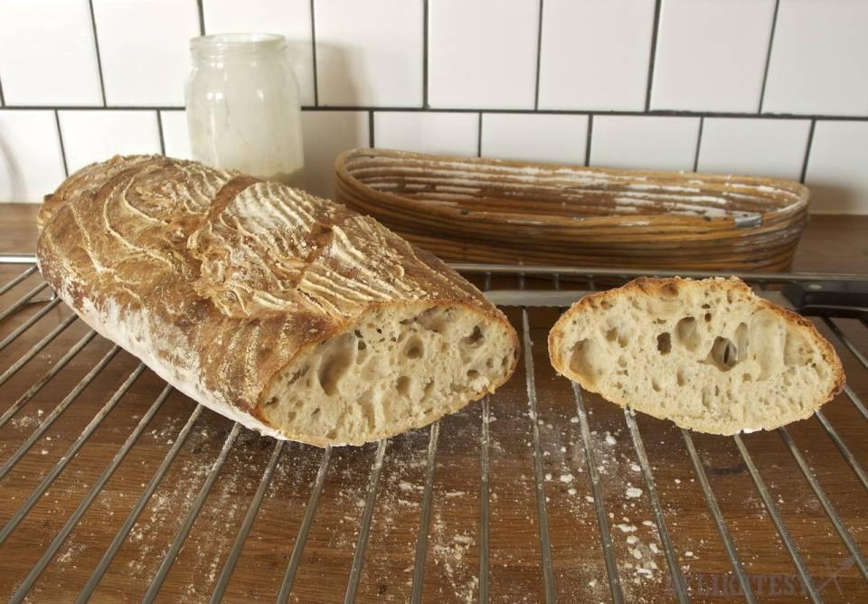 Chlieb #3 nakrojený