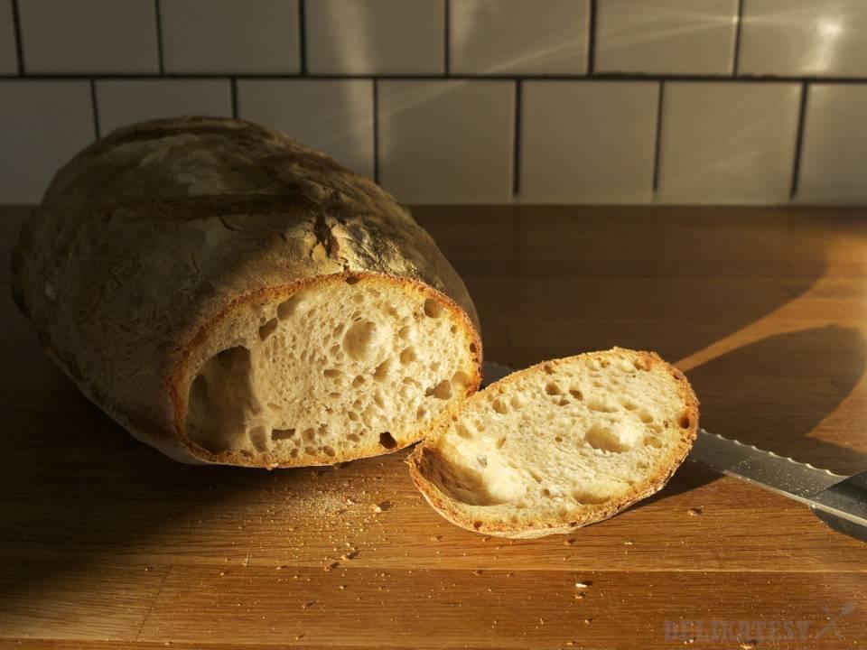 Chlieb #5 nakrojený
