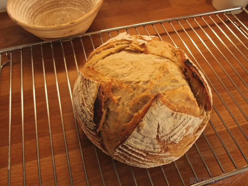 Aj prekysnutý chlieb sa vie nafúknuť